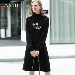 Amii极简欧货sukol气质连衣裙2018冬新高领修身插肩袖绣花中长裙