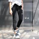 米可可 韩版修身小直筒破洞洋气百搭显瘦黑色牛仔长裤女秋 N8833