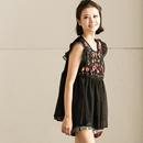 C7350B 甜美双层网纱花朵刺绣圆领套头无袖娃娃款衬衫女 米可可