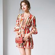 时尚印花连体裤2019夏季新款女装V领喇叭袖收腰真丝连体裤R10666