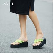 Amii[极简主义]人字拖女防滑室外凉拖鞋厚底坡跟松糕夹脚沙滩鞋